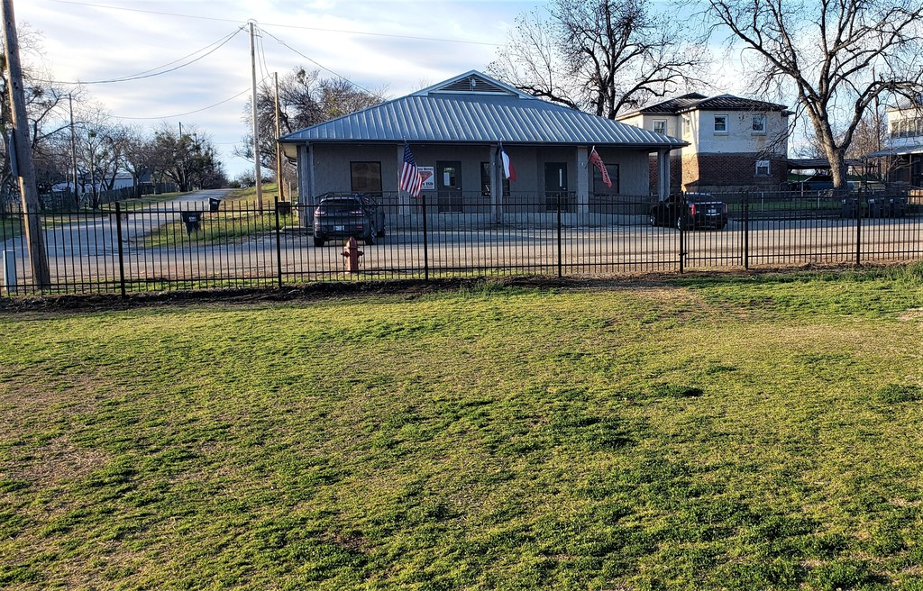 Strawn ISD applied for the 2019-2021 School Safety Security Grant that was included in Senate Bill 500 from the 86th Texas Legislature. All funds available are to be utilized for school safety and security. After completing a safety assessment of Strawn ISD, we determined that updated perimeter security fencing was the best choice. We have been working with BUZZ Custom Fence with development, proposals and installation. Additional security fencing around Strawn School campus will continue and be completed by the end of the 2019-2020 academic school year.