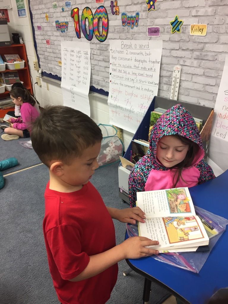 Hayes reads to Elizabeth