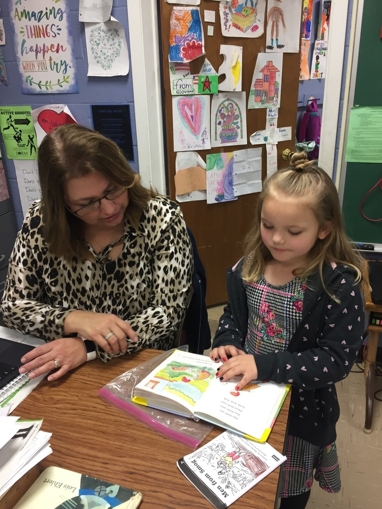 Adyson reads to Mrs. Abbott